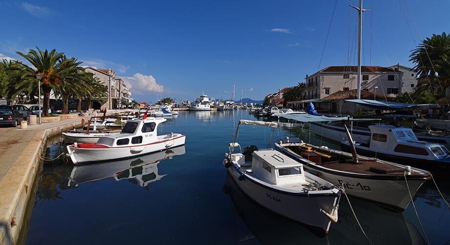 Sućuraj, Otok Hvar, Hrvatska - slika1