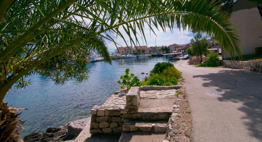 Sućuraj, Otok Hvar, Hrvatska - slika7